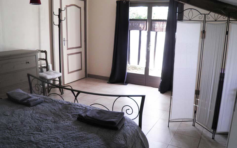 gite la vigneronne senouillac tarn albi occitanie sa chambre